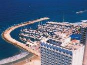 Побережье - отель находится в непсредственной близости от моря