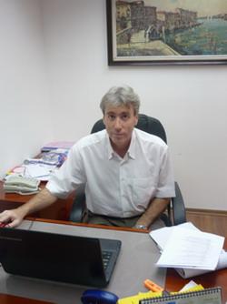 Доктор А.Каневский - консультант