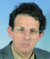 Руководитель Центра офтальмологии - профессор Д. Вайнберг