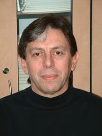 Д-р Роберто Шпигельман, заведующий отделением стереотактической радиохирургии
